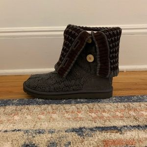 UGG Knit Button Brown and Grey Boots size 6 NWT